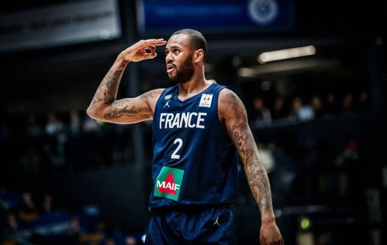amath-mbaye-finlande-france-qualification-mondial-2019