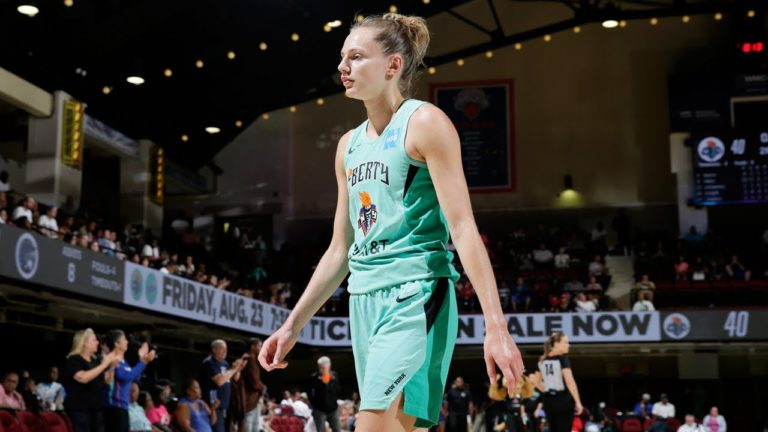 Marine JOHANNES : highlights de son record personnel en WNBA (21 points)