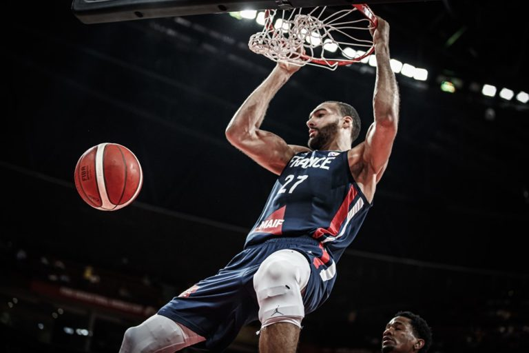 rudy-gobert-dunk-france-dominicaine-cm-19