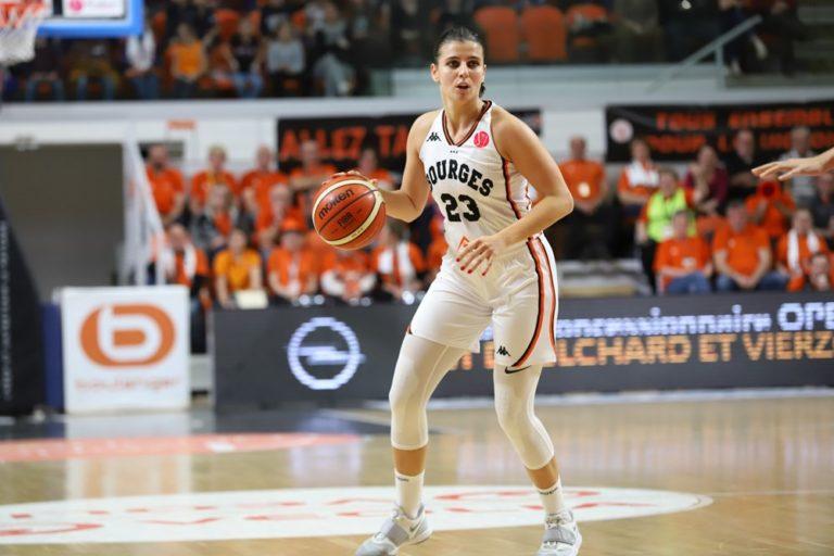 ana dabovic dans le match tango bourges basket cukurova en euroligue 2019-2020