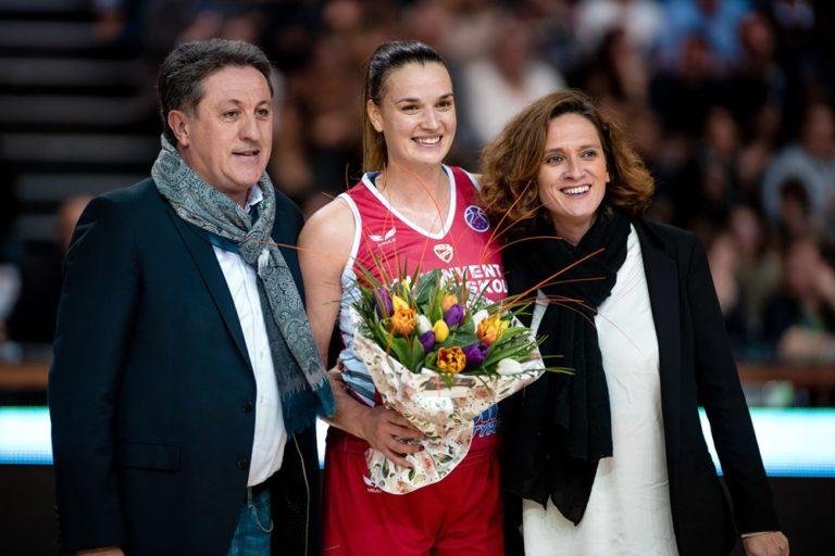 Maja Skoric est accueillie chaleureusement par Pierre Dartiguelongue et Marie-Laure Lafargue pour son retour à Mont-de-Marsan avec son équipe de DVTK Miskolc
